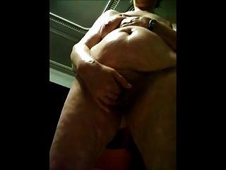 Abuelita filmada desnuda