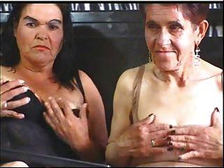 Abuelita lesbianas en cámara