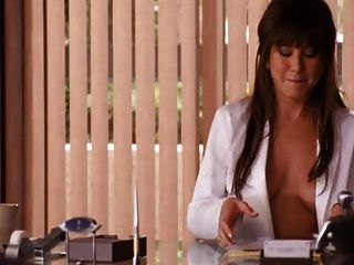 Jennifer aniston horrible jefes corte corte