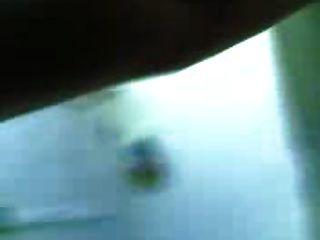 Mujeres árabes con grandes tetas tomar una ducha