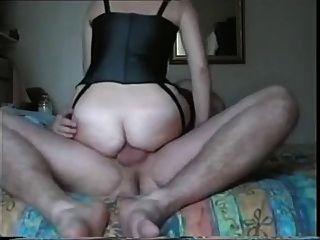 Amateur british babe loves it up the bum!