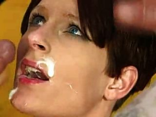 Hermosa madura tomando facial que es ella?