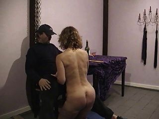 Esclava sexo cachondo