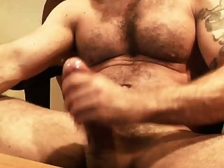 Webcam peludo músculo italiano papá