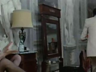 Edwige fenech la signora gioca bene a scopa (1974)