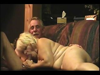 Amateur maduro en una webcam