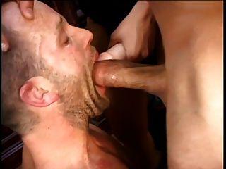 Mmf bisexual tríos 69