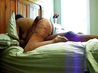 Abuela gorda montando en coock negro