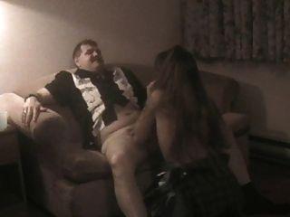 Mi esposa folla a un tipo que conoció en el bar en motel barato parte 1