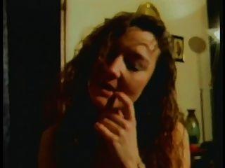 Córneo francés peludo maduro