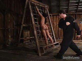 Negro sub castigado 2 de 4