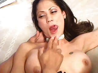 Sexy latinas perfecta escena anal