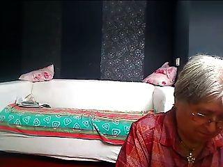 La abuela del vecino 2