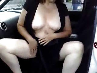 Masturbación en mi coche en un lugar de estacionamiento