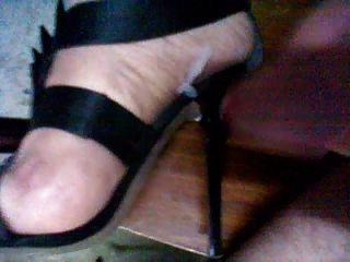 Cum mis sandalias de tacones altos