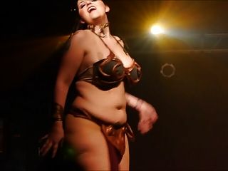Burlesque del milf del asno del mariah grande negro