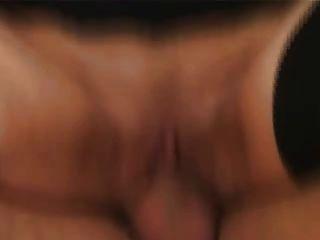Milf de pelo largo en medias folla