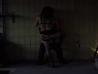 Julia ostertag escena de penetración explícita
