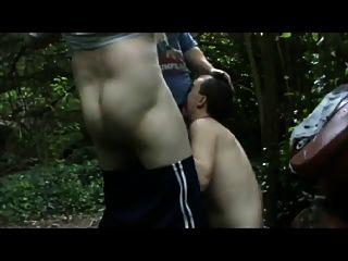 Jodido en el parque