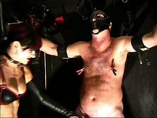 Domme torturas de bdsmstreak.com