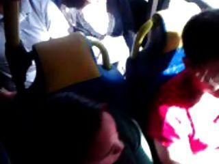 Toque en el autobús