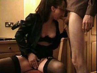 Esposa ama cum en su boca