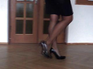 Mis piernas en tacones altos