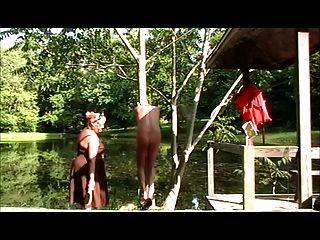 Sissy jennifer stripped \u0026 spanked al aire libre