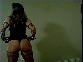 Mzwhootybopper bailando desnudo