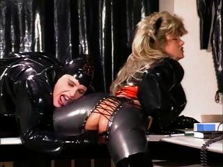 Mujer de goma (1990) (parte 2)