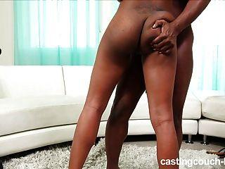Adolescente negro en el casting anal hardcore