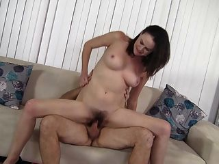 Muy sexy milf fuck con coño peludo