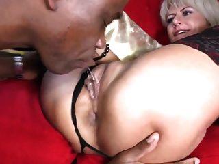 Sexy milf toma bbc