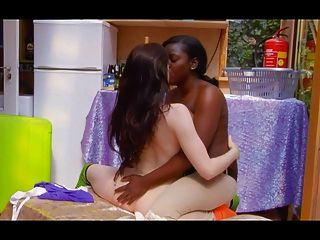 Lesbianas interraciales # 4 m \u0026 sj + entrevista
