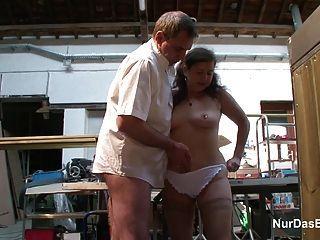 Alemán 63 años de edad abuelita seducir a la mierda en el lugar de trabajo