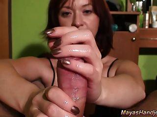 Maya pov sensual handjob con corrida enorme
