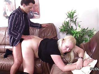 Paso papá seducir alemán no su hija a la mierda si mamá lejos