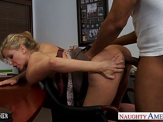 Blonde teacher julia ann follando un bbc