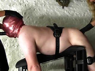 Las amantes usan a su esclavo