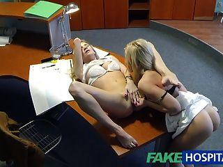 Fakehospital contrato sexual es golpeado con nuevo paciente