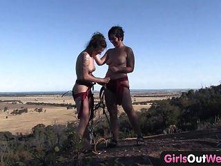Chicas de oeste peludo lesbianas amateurs escalada de la roca