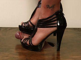 Correrse debajo de mi zapato