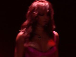 Britney spears jerk off desafío