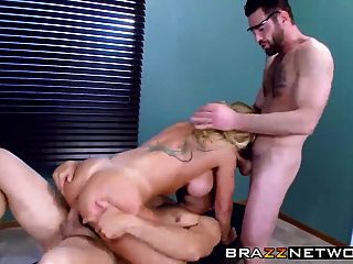 Sexy big titted milf ryan conner obtener dp de su médico
