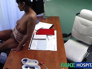 Médico fakehospital folla a su ex novia