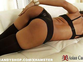 Chica asiática sexy solo sexy