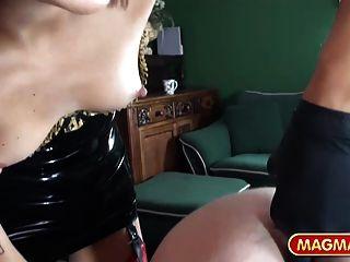 Magma película sexy dominatrix tomar el control