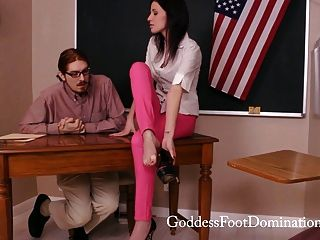 Profesor bajo control foot fetish footjob
