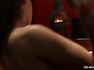Chicas rubias muy calientes están ansiosos de dedo follar el coño