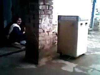 Sexy hijabi musulmán mujer engañando y follando vecino